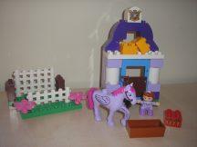 Lego Duplo - Szófia hercegnő fenséges istállója 10594