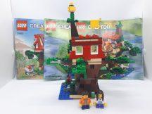 Lego Creator- Kalandok a lombházban 31053 (katalógussal)