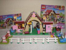 Lego Friends - Heartlake-i istállók 3189 (katalógussal)