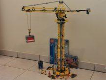 Lego City - Toronydaru 7905 (katalógussal) (67cm magas)