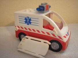 Lego Duplo mentőautó hangos szirénával