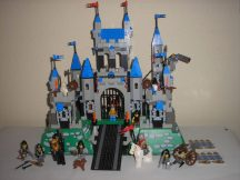 Lego Knights Kingdom II  - Royal Kings Castle, Vár 10176 Ritkaság