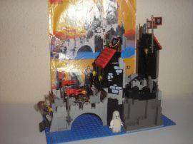 Lego System - Vár - Wolfpack Tower, Farkasok tornya 6075 RITKASÁG!!!