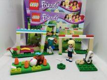 Lego Friends - Stephanie fociedzésen 41011 (doboz+katalógus)