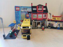 Lego City - Utcasarok 7641 (katalógussal, pici hiány)