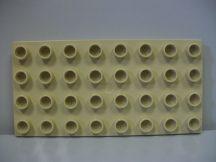 Lego Duplo Alaplap 4*8 (krém színű) (oldalán repedés)
