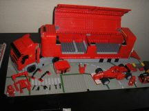 LEGO Racers - Ferrari Kamion 8654