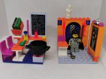 Lego Harry Potter - Hogwarts Osztályterem 4721 (köpeny fekete)