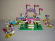 Lego Friends -  Heartlake kutyakiállítás 3942