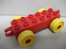 Lego Duplo Utánfutó alap kapcsos piros-sárga
