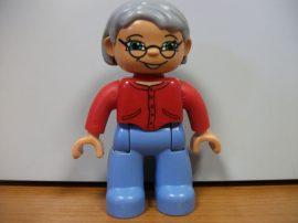 Lego Duplo ember - nagymama