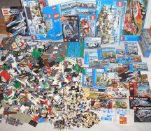 8 kg lego csomag (City, Star Wars, Rendőrség stb) szép állapotú, dobozokkal, katalógusokkal, több, mint 75-80 figurával