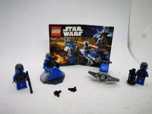 Lego Star Wars - Mandalorian csatasor 7914 (katalógussal)