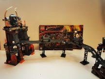 Lego Indiana Jones - Indiana Jones és a végzet temploma 7199 (katalógussal)