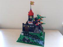 Lego System - Vár - Fire Breathing Fortress 6082 (1 köpeny hiányzik)