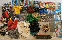 10,5 kg ömlesztett, vegyes, kilós lego csomag több, mint 45 minifigurával, alalapokkal, katalógusokkal City, Creator, Ninjago stb