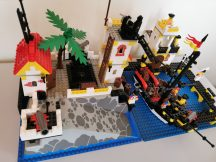 LEGO System - Imperial Trading Post 6277 EXTRA RITKASÁG kalóz (pici hiány)