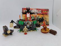 LEGO Ninjago - Hegyi Szentély (2254) (katalógussal)