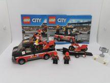 LEGO City - Versenymotor-szállító kamion (60084) (katalógussal)