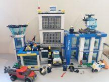Lego City - Rendőrkapitányság, Rendőrség 60047 (katalógussal, Matrica hiány előfordul)