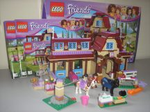 Lego Friends - Heartlake lovasklub 41126 (doboz+katalógus)