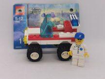 Lego City - Mentőautó 7892-es szettből (elején a matrica hiányzik)