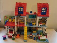 Lego Duplo  - Városi Kórház 5795 (katalógussal)
