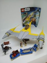 Lego Star Wars -Naboo Starfighter 7877 (katalógussal)