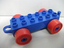 Lego Duplo Utánfutó alap akasztós kék-piros (pici repedés)