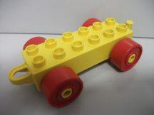 Lego Duplo Utánfutó alap akasztós sárga-piros (akasztóján repedés)