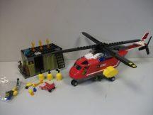 Lego  City - Sürgősségi tűzoltó egység 60108 (pici hiány)